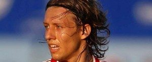 Lucas Leiva   Liverpool FC